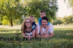 Family photos. Family of four photography. outdoor family pictures. Photography in Wichita kansas. Photos By Jalaynna  PhotosbyJalaynna.zenfolio.com