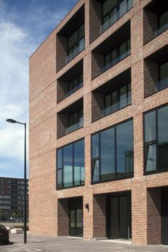 Solid 18 # Claus en Kaan Architecten