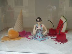 Best Summer Themed Window Displays - Part 1