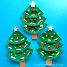 Paper Plate Christmas Tree Craft | I Heart Crafty Things