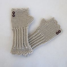 """""""Victorian texting gloves"""" (free pattern)"""