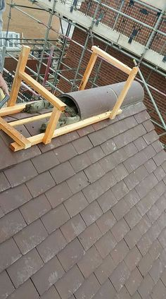Ridge Tile bedding jigRidge Tile bedding jig WHAT IS ROOF CLADDING? Rooftop cladding includes the use of a waterproof layer which is basically introduced to anticipate damp. Diy Roofing, Modern Roofing, Ridge Tiles, Roof Decoration, Lead Roof, Roof Cladding, Brick Roof, Roof Ladder, Roof Installation