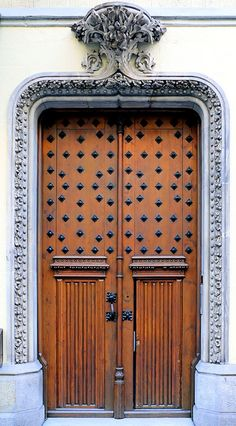 amazing door - Barcelona