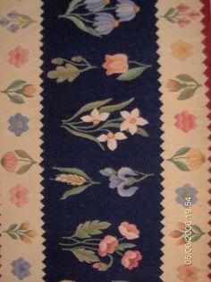 rugs home decor international polish romania oriental kilims tapestries american loom luxury My Design, House Design, Moldova, Origins, Traditional Art, Scandinavian, Oriental, Projects To Try, Weaving
