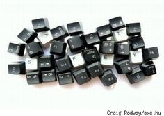 Cool ideas for old keyboard crafts!