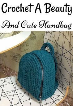 Free crochet bags patterns, tote patterns and handbag patterns not only serve you the carrying advantages but also, they make your home crafty Crochet Backpack Pattern, Free Crochet Bag, Crochet Purse Patterns, Crochet Pouch, Handbag Patterns, Tote Pattern, Crochet Purses, Crochet Bags, Diy Handbag