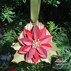 Using Die-namics poinsettia dies    http://1.bp.blogspot.com/-CgChKCMi7mc/UJbHZLFkwMI/AAAAAAAAME8/SuL85FDE7rk/s1600/Poinsettia-Ornament.jpg