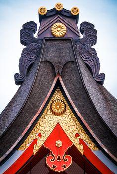 "campra: "" Fushimi Gable "" Fushima is an important Shinto shrine in southern Kyoto, Japan"