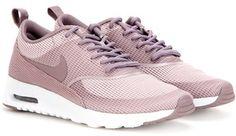 Nike Thea Txt Sneakers