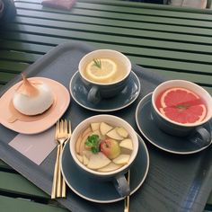 Image about girl in Food and drink🍴🍸 by Iny잉그리드 Good Food, Yummy Food, Cafe Food, Aesthetic Food, Korean Food, Food Porn, Food And Drink, Healthy Recipes, Cooking