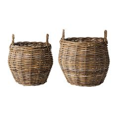 Day Home baskets www.day-home. Wicker Baskets, Home Decor, Decoration Home, Room Decor, Home Interior Design, Home Decoration, Woven Baskets, Interior Design