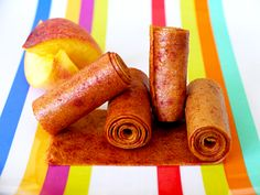 Ditch Fruit Roll Ups for homemade Peach Fruit Leather from Weelicious Peach Fruit Leather, Homemade Fruit Leather, Fruit Leather Recipe, Peach Leather Recipe, Fruit Recipes, Baby Food Recipes, Toddler Recipes, Kid Recipes, Snack Recipes
