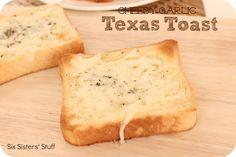 Cheesy Garlic Texas Toast from Six Sisters' Stuff
