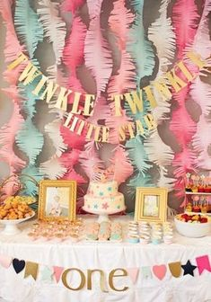 Twinkle, twinkle little star is a sweet way to celebrate a 1st birthday. See more first girl birthday and party ideas at www.one-stop-party-ideas.com