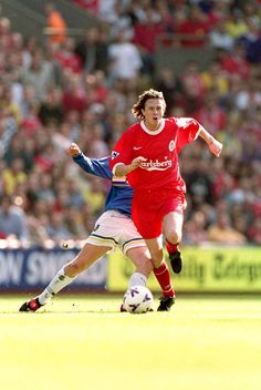 Steve McManaman of Liverpool surges past a challenge in April 1999