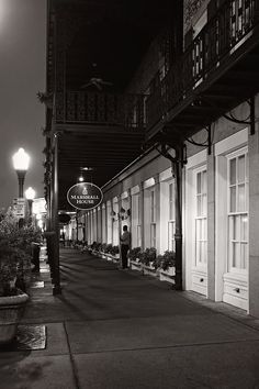 Is The Marshall House in Savannah Really Haunted?