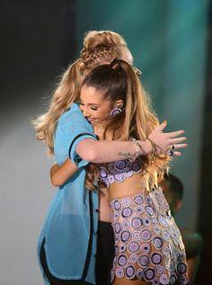 Ariana and Iggy at 2014 iHeart Radio Pool Party