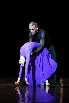"""<<Svetlana Zakharova and Patrick de Bana in """"Rain Before It Falls"""", choreography by Patrick de Bana from """"Amore"""" # Photo: Roberto Ricci>>"""