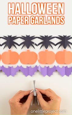 Halloween Paper Garland Cutouts - Bats, Spiders, Pumpkins, Ghosts and Black Cats!These paper garland cutouts are SO CUTE and surprisingly simple to make Halloween! This is such a fun Halloween craft for kids! Even teens, Soirée Halloween, Adornos Halloween, Manualidades Halloween, Fun Halloween Crafts, Diy Halloween Decorations, Halloween Pumpkins, Women Halloween, Halloween Projects, Halloween Treats