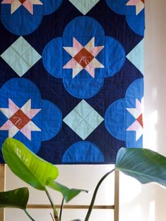 Hi there - the best Kona matches would be: Nautical 412 Lapis 357 Peony 110 Bone 1037 Spice 159 Aqua 1005 Quilting Tips, Quilting Projects, Quilting Designs, Sewing Projects, Hand Quilting, Quilt Design, Quilting Tutorials, Machine Quilting, Patchwork Quilt Patterns