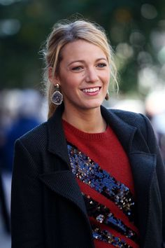 Pin for Later: 64 Times Blake Lively Gave Us Major Outfit Envy on Gossip Girl Holiday Flair