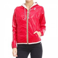 Jacket Woman K-way Capes For Women, Jackets For Women, Clothes For Women, Sporty Chic Style, Women Smoking, Pink Jacket, Fashion Over 50, Fashion Outlet, Skinny Pants