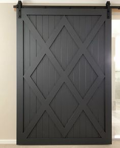 Barn Door #barndoor #barndoors #modernfarmhouse #modernfarmhousestyle #modernfarmhousedecor #farmhouseideas #designinspiration #farmhousestyle #farmhousedecor
