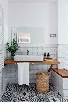 bohemian Bathroom Decor 6 Bohemian bathrooms that will wow you this autumn (Daily Dream Decor) - Blue Bathrooms Inspiration, Bohemian Bathroom, Bad Inspiration, Dream Decor, Bathroom Interior Design, House Design, Home Decor, Bathroom Ideas, Bathroom Remodeling