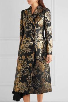 Chic Covers: 7 Designer Coats On Sale Now at Net-a-Porter Couture Fashion, Runway Fashion, Womens Fashion, Blazer Batik, Hijab Fashionista, Batik Fashion, Cute Coats, Indian Designer Wear, Coat Dress