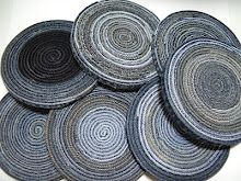 Recycling--Mini Tutorial jeans into trivets... for some reason I can never keep trivets, this would do nicely.