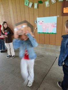 Pin the tail on the pig with Minecraft Steve head