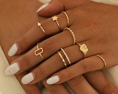 Hand Jewelry, Simple Jewelry, Cute Jewelry, Jewelry Accessories, Simple Rings, Bullet Jewelry, Trendy Jewelry, Copper Jewelry, Jewelry Rings