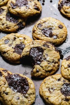 These Ultimate Triple Chocolate Chip Cookies are filled with three types of chocolate for the best ever chocolate chip cookie! Chocolate Texture, Types Of Chocolate, Triple Chocolate Chip Cookies, Mini Chocolate Chips, Mini Chips, Cookie Dough, Cookie Recipes, Chilling, Mixer