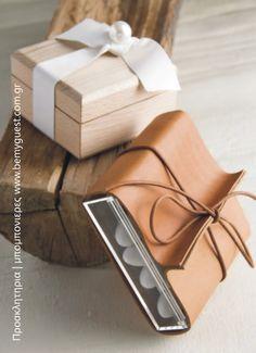 hand made leather wedding favors | unique wedding ideas | www.bemyguest.com.gr