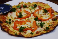 Syn Free Cauliflower Pizza - Slimming World Recipe - Food Porn. Slimming World Cauliflower Pizza, Cauliflower Pizza Base Recipe, Slimming World Pizza, Yummy Vegetable Recipes, Pizza Recipes, Cooking Recipes, Healthy Recipes, Healthy Meals, Healthy Pizza