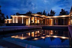 Oikotie.fi -sivuston kallein vapaa-ajan asunto, Villa Korsholmen, on arkkitehdin suunnittelema kokonaisuus.