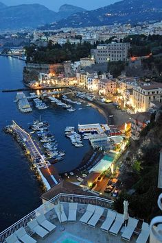 Sorrento is the world-famous place, which is sung in opera, but was also performed by painters and writers. Sorrento is a coastal town and holiday resort Italy Vacation, Vacation Places, Italy Travel, Places To Travel, Best Of Italy, Cities In Italy, Cruise Destinations, Italy Tours, Costa