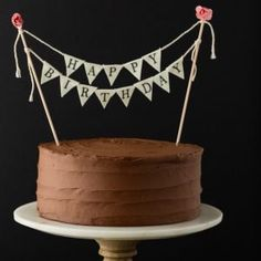 A simple Birthday Cake recipe that will give you the most flavorful yellow cake covered in chocolate buttercream frosting. It really doesn't get any better than homemade birthday cake. Online Birthday Cake, Gluten Free Birthday Cake, Best Birthday Cake Recipe, Ice Cream Birthday Cake, Vegan Birthday Cake, Birthday Cake With Photo, 1st Birthday Cakes, Homemade Birthday Cakes, 70th Birthday