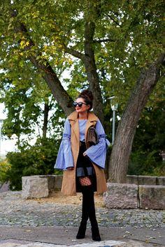 Fashion Hippie Loves (Anni) in Stuart Weitzman Highland