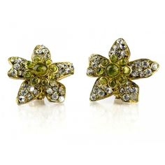 Pre-owned Chanel Gold Rhinestone Floral Earrings (€445) ❤ liked on Polyvore featuring jewelry, earrings, clear earrings, rhinestone earrings, clip on earrings, clear crystal earrings and gold earrings