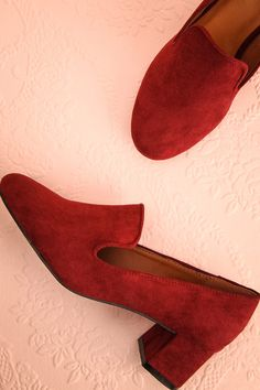 Livingston Framboise - Burgundy faux suede loafer  www.1861.ca
