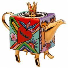 Оригинальный заварочный чайник из коллекции класса VIP немецкого дизайнера Томаса А.Хоффмана