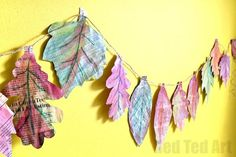 This is a great Autumn Craft for Kids - combining nature, art and recycling! The kids will love it and the results are stunning! Explore, textures, shapes and colours and why not turn this into a collaborative project too? Fall Crafts For Toddlers, Easy Fall Crafts, Crafts For Kids To Make, Toddler Crafts, Preschool Crafts, Kids Crafts, Craft Activities, Leaf Projects, Recycled Art Projects