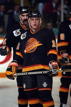 Pavel Bure of the Vancouver Canucks prepares for the faceoff against the Toronto Maple Leafs during NHL game action on December 7 1991 at Maple Leaf. Kings Hockey, Hockey Mom, Ice Hockey, Hockey Stuff, Nhl Games, Hockey Games, Nhl Wallpaper, Hockey Pictures, Hockey World