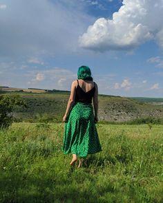 #nature #greenhair #emeraldhair #greenskirt #irinelufrommoldova Emerald Hair, Green Hair, Archive, Nature, Fashion, Moda, Naturaleza, Fashion Styles, Nature Illustration