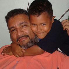 Mi sobrino me ama. Es que los Farías somos querendones. Dios bendiga a mi Gabriel