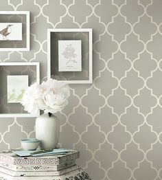 Grey contemporary geometric wallpaper Simplicity Two Wallpaper by Brian Yates Jane Clayton Wallpaper Decor, Bedroom Wallpaper Accent Wall, Hallway Wallpaper, Bathroom Wallpaper, Trendy Wallpaper, Accent Walls, Livingroom Wallpaper Ideas, Wallpaper For Living Room, Classy Wallpaper