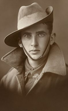 Unknown Aussie soldier, WWI, from the Australian War Memorial collection. His eyes are so beautifully piercing... I would hit that sooooo hard.