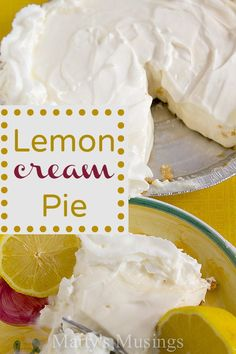 Try a refreshing taste of summer in this easy dessert for Lemon Cream Pie with sweetened condensed milk and whipped topping. 13 Desserts, Lemon Desserts, Lemon Recipes, Sweet Recipes, Delicious Desserts, Dessert Recipes, Yummy Food, Dessert Bowls, Plated Desserts