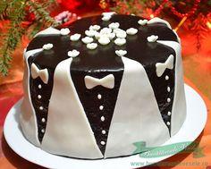 Un tort de casa pregatit cu crema ganache si ornamente din ciocolata plastica.Cum se pregateste ciocolata plastica? Chocolate Ganache, Minis, Diy And Crafts, Deserts, Cake, Blog, Sweets, Kitchens, Kuchen